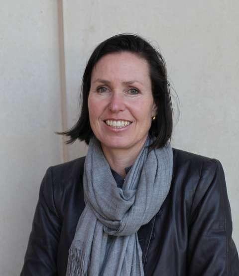 Dr Rebecca Coates
