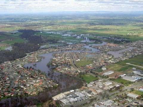 Kialla Lakes 2010 Floods